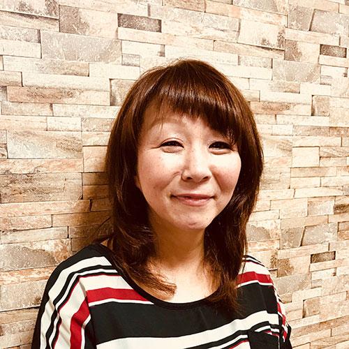 粕屋町美容師 中西 睦子
